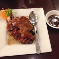 Photo taken at Grand Duck Restaurant (辉煌鸭) by Nella Eka S. on 9/13/2014