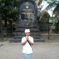 Photo taken at Pura Luhur Candi Narmada Tanah Kilap by Wira Y. on 10/14/2015