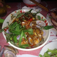Photo taken at Biển Hạ Seafood Restaurant by 5 B. on 10/6/2014