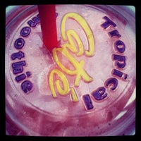 Photo taken at Tropical Smoothie Café by Iam M. on 9/30/2012