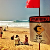 Photo taken at Banzai Pipeline by Kenny B. on 10/10/2012