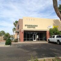 Photo taken at Starbucks by Yxes 💋🌻💃🏽 ☕. on 4/7/2013
