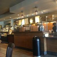 Photo taken at Starbucks by Yxes 💋🌻💃🏽 ☕. on 7/1/2013