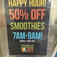 Photo taken at Tropical Smoothie Cafe by Kenya R. on 4/21/2016