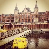 Photo taken at Amsterdam Centraal Railway Station by geheimtip ʞ. on 3/17/2013