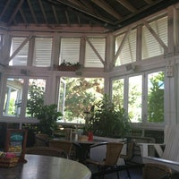 Photo taken at Bahama Breeze Island Grille by Simeenie on 6/28/2013