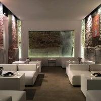 Photo taken at L2 Lounge by Beatriz Z. on 4/30/2016
