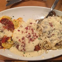 Photo taken at Olive Garden by Maria P. on 5/12/2016