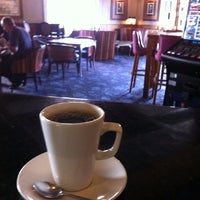 Photo taken at The Red Lion (Wetherspoon) by Dom H. on 8/7/2014