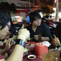 Photo taken at Cháo Thuận Phát by Hennessy A. on 11/24/2012
