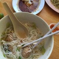 Photo taken at Kedai Kopi Soon Hin Leong by Peter Jr J. on 8/16/2015