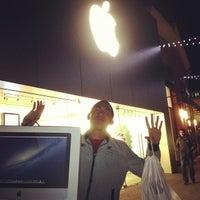 Photo taken at Apple Vintage Faire by Aldrich S. on 12/1/2012