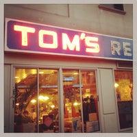 Photo taken at Tom's Restaurant by Richard S. on 10/29/2013