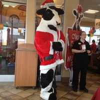 Photo taken at Chick-fil-A by Wesley D. on 12/8/2012