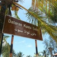 Photo taken at Dataran Kuala Besut by ⓑⓐⓑⓨ . on 3/18/2014