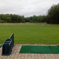 Photo taken at Club de golf La Prairie by André Gelsleichter d. on 6/13/2014