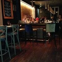 Photo prise au Méchant Boeuf Bar & Brasserie par Dean G. le12/20/2012