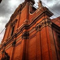 Photo taken at Cattedrale di San Pietro by Aprendiz d. on 7/3/2013