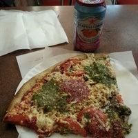 Photo taken at Cafe Viva Gourmet Pizza by Noah @Noah_Xifr X. on 9/13/2014