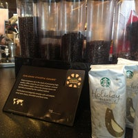 Photo taken at Starbucks by Leonard L. on 12/24/2012