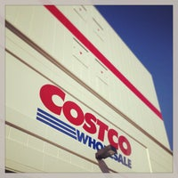 Photo taken at Costco by つか な. on 2/24/2013