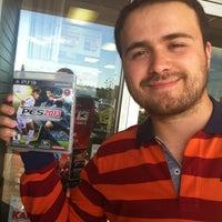 Photo taken at GameStop by SunaKaradeniz❤ H. on 10/1/2012