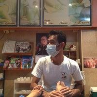 Photo taken at Sabai Thai massage by takakoji on 4/28/2013