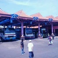 Photo taken at Terminal Bayuangga Probolinggo by patbom on 4/25/2013