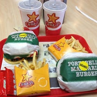 Photo taken at Carl's Jr. by Bugra O. on 2/25/2013