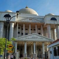 Photo taken at Kompleks Mahkamah Kuala Lumpur (Courts Complex) by K€ΠΠ€TH H. on 9/30/2016