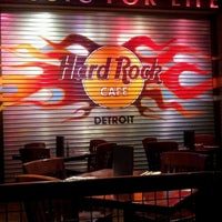 Photo taken at Hard Rock Cafe Detroit by Ana Flavia on 1/2/2013