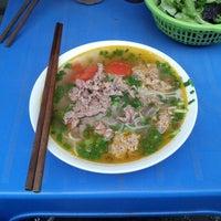 Photo taken at Bún Cá Hàng Đậu by Nguyễn ©hí ©. on 1/28/2013