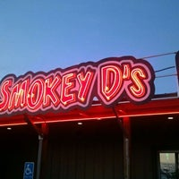 Photo taken at Smokey Ds BBQ by Heather B. on 11/16/2011