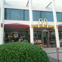 Photo taken at McDonald's by Haris N. on 11/20/2011