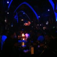 Foto tomada en TOM'S Leather Bar por Andros M. el 9/30/2012