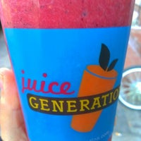 Photo taken at Juice Generation by befabulosa S. on 11/26/2012