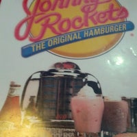 Photo taken at Johnny Rockets by Lindsay G. on 12/27/2012