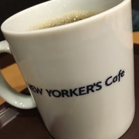 Photo taken at NEW YORKER'S Cafe 町田店 by Miya on 4/12/2016