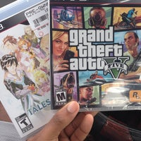 Photo taken at GameStop by Travis A. on 9/23/2013