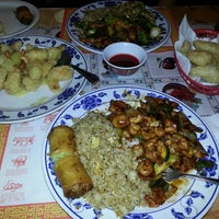 Photo taken at Wing's Chinese Restaurant by Chuck H. on 11/18/2013