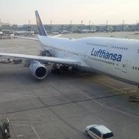 Photo taken at Lufthansa Flight LH 720 by Oliver M. on 3/16/2015