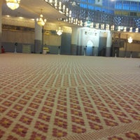 Photo taken at Masjid Negara (National Mosque) by Bend on 12/25/2012