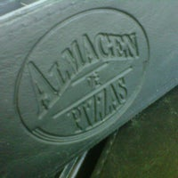 Photo taken at Almacén de Pizzas by Gonzalo B. on 12/9/2012