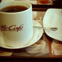 Photo taken at McDonald's / McCafé by yanie m. on 11/3/2012