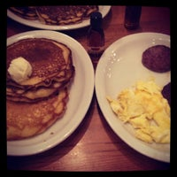 Photo taken at Cracker Barrel Old Country Store by Ryan W. on 8/17/2013