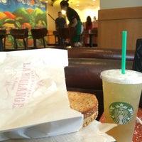 Photo taken at Starbucks by Luana R. on 1/9/2015
