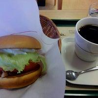 Photo taken at モスバーガー 嵐山バイパス店 by オッサン V. on 12/16/2015