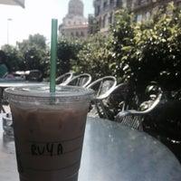 Photo taken at Starbucks by Rüya Ö. on 7/26/2015