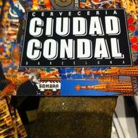 Photo taken at Cerveseria Ciutat Comtal | Ciudad Condal by Miguel V. on 7/25/2013