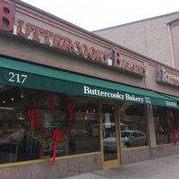 Photo taken at Buttercooky Bakery by Khozeima F. on 12/26/2012